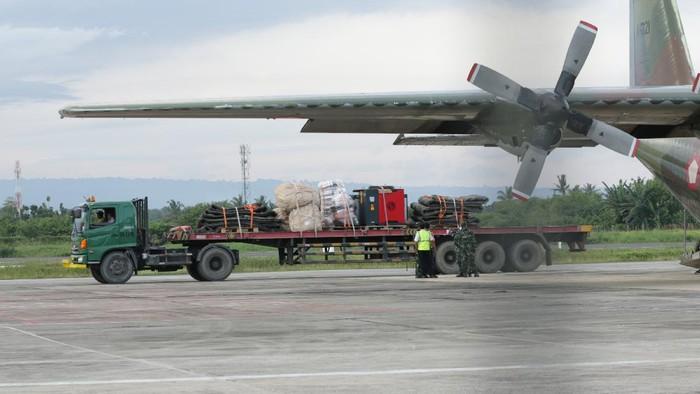 72 jam sudah proses pencarian kapal selam KRI Nanggala-402 dilakukan. Doa keluarga-masyarakat iringi proses pencarian dengan harapan kapal itu segera ditemukan.