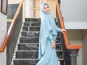 Kisah Hijrah Anisa Rahma Eks Cherrybelle, Dinyinyirin dan Diminta Buka Hijab