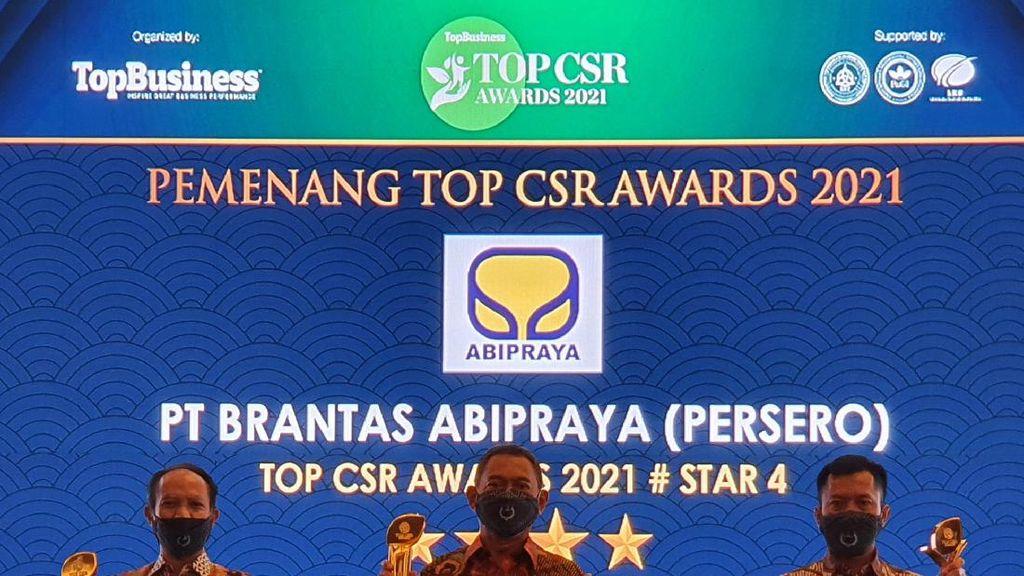 Brantas Abipraya Sukses Borong 3 Penghargaan di Ajang Top CSR Awards