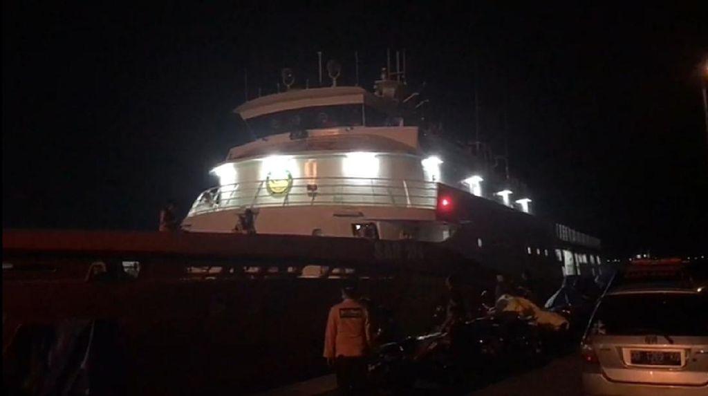 Basarnas Makassar Kirim KN Kamajaya Cari KRI Nanggala-402