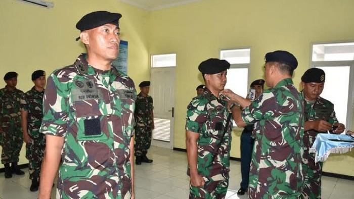 Letkol Heri Oktavian Komandan KRI Nanggala-402 yang Hilang (kiri) (Foto: dok TNI)