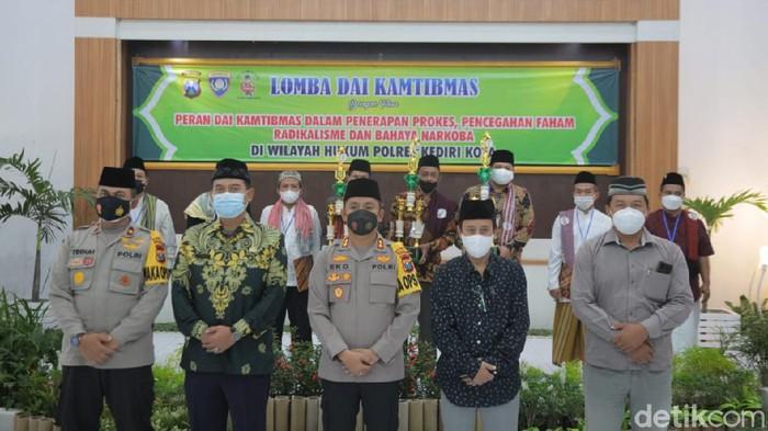 Polres Kediri Kota dan TNI menggelar Lomba Dai Kamtibmas. Ini sebagai upaya meningkatkan rasa aman dan nyaman serta kondusivitas wilayah.