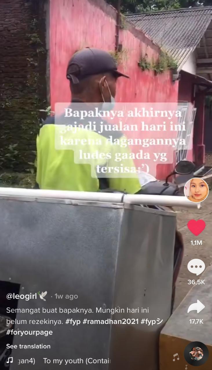 Nyesek! Dagangan Es Buah Penjual Ini Tumplek Bersisa di Jalanan