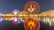 Viral! Remaja Berbaju Minim Diberi Pakaian oleh Disney
