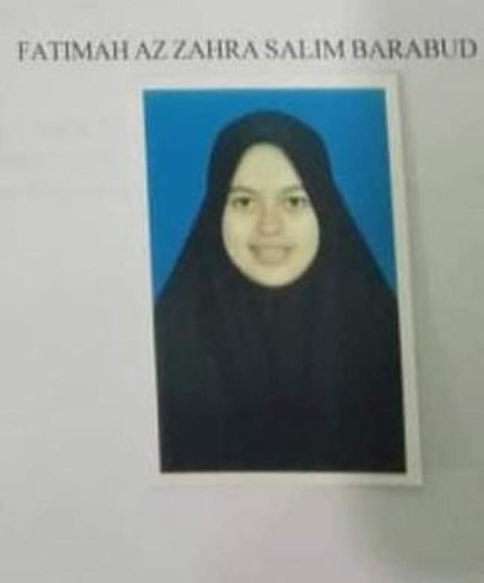Kabar bahagia datang dari Ustaz Abdul Somad. Dalam waktu dekat, Ustaz Abdul Somad akan menikahi Fatimah Az Zahra Salim Barabud, gadis berusia 19 tahun dari Jombang.