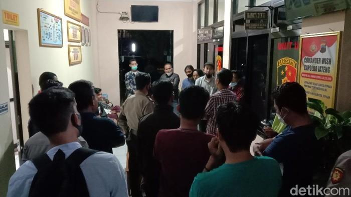 Massa aksi bendungan Bener yang ditangkap polisi