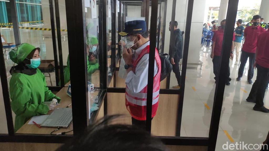 Menhub Tinjau Penerapan GeNose di Bandara Juanda dan Tanjung Perak