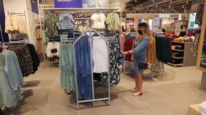 Lippo Mall Puri yang berlokasi di Kembangan, Jakarta Barat menghadirkan tenant baru yakni Max Fashions, brand fashion terbesar dan paling dipercaya di Timur Tengah.