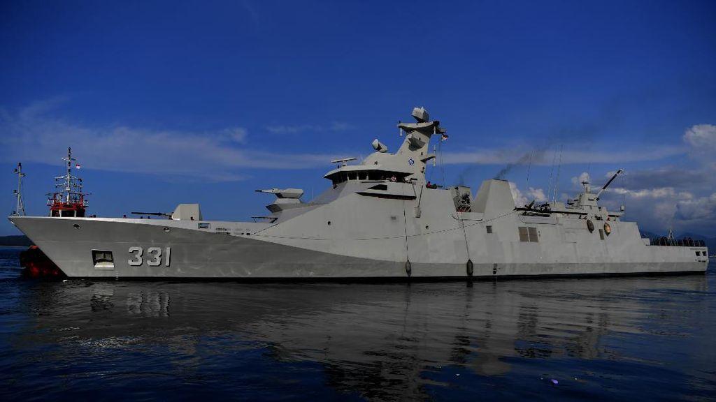 KRI Raden Eddy Martadinata-331 Berlayar Mencari KRI Nanggala 402