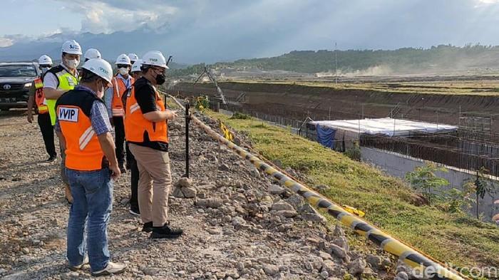Pembangunan Bandara Kediri terus berlangsung. Sudah sejauh mana progres pembangunan bandara yang ditarget beroperasi tahun 2023 ini?