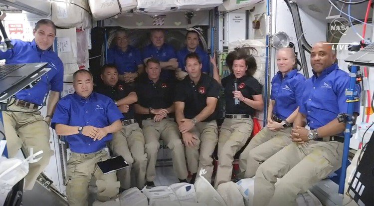 SpaceX Crew Launch ISS
