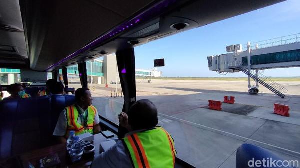 Tur keliling bandara YIA ini diluncurkan pada Senin (12/4) lalu. Tur ini dibuat untuk mengakomodir masyarakat yang ingin mengenal lebih dekat bandara tersebut. (Jalu Rahman Dewantara/detikTravel)