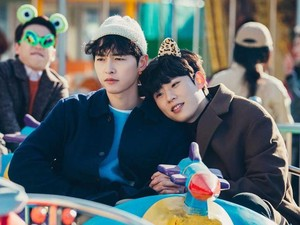 9 Drama Korea Lucu 2021, Bikin Ngakak Tambah Imun