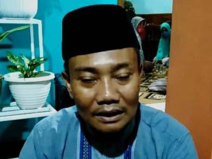 Duka masih dialami Peltu Wahyudi, ayah almarhum Serda Ede Pandu Yudha Kusuma. Pasalnya, baru minggu lalu, Peltu Wahyudi sempat video call pamer sepatu Pakaian Dinas Lapangan (PDL) pada anaknya