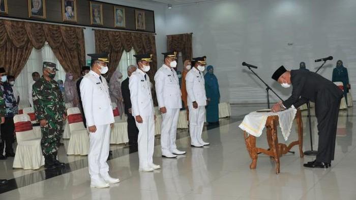 Gubernur Sumbar melantik Bupati-Wagub Solok dan Solok Selatan