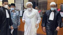 Kala Jaksa Sebut Habib Rizieq Imam Besar Isapan Jempol Belaka