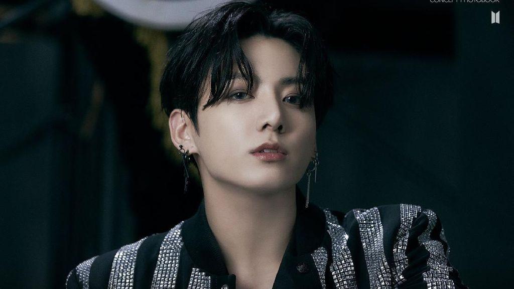 Jungkook BTS Bikin Jaket Louis Vuitton Sold Out, Harganya Bikin Nangis