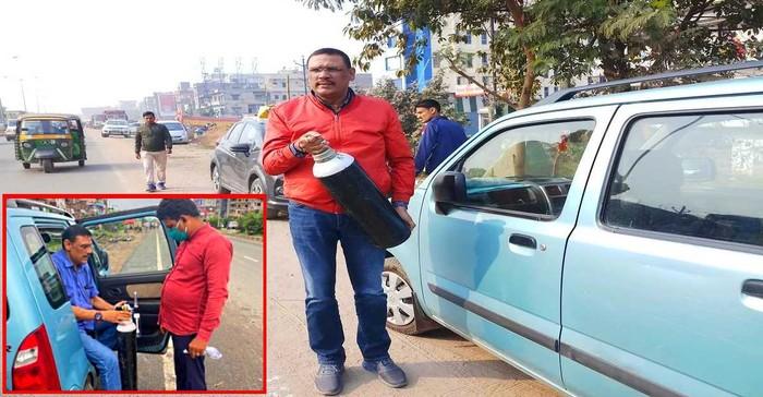 Keliling Pakai Mobil Kecil, Pria India Ini Bagikan Tabung Oksigen Gratis ke Penderita Covid-19