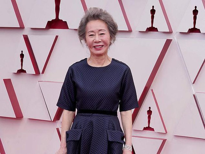 Yuh-Jung Youn, winner of the award for best actress in a supporting role for Minari, poses in the press room at the Oscars on Sunday, April 25, 2021, at Union Station in Los Angeles. (AP Photo/Chris Pizzello, Pool)
