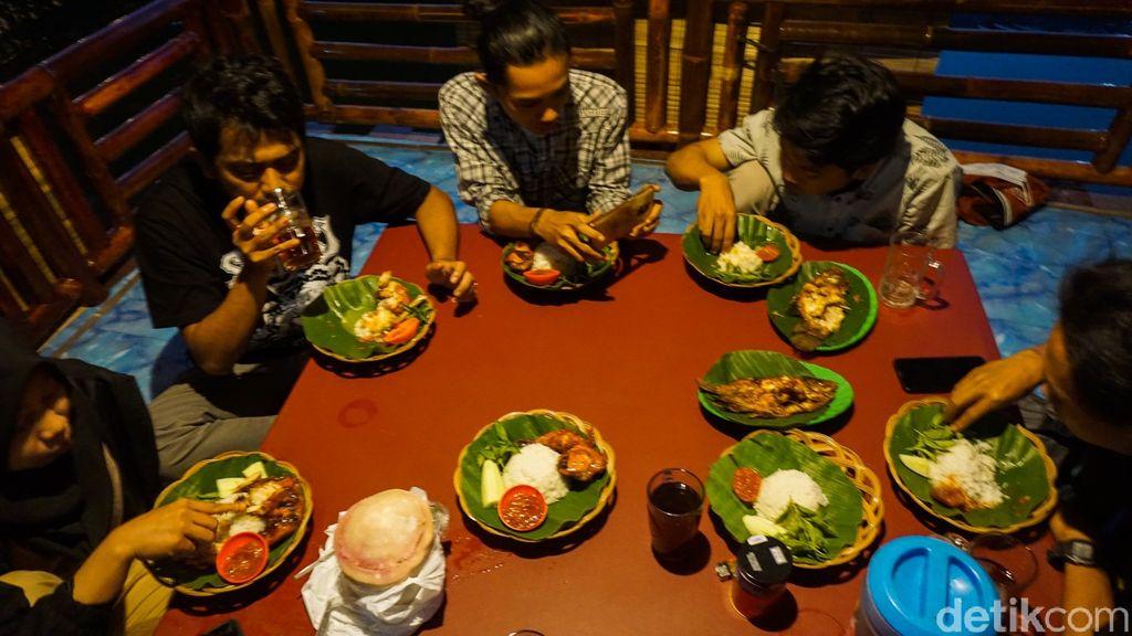 Buka Puasa dengan Gurame Bakar Nikmat di Pondok Ikan Demung -Demak, Jawa Tengah
