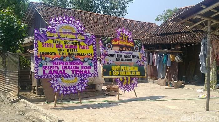Rumah duka Sertu Achmad Faisal di Pekalongan. Sertu Faisal merupakan salah satu kru KRI Nanggala-402 yang gugur.