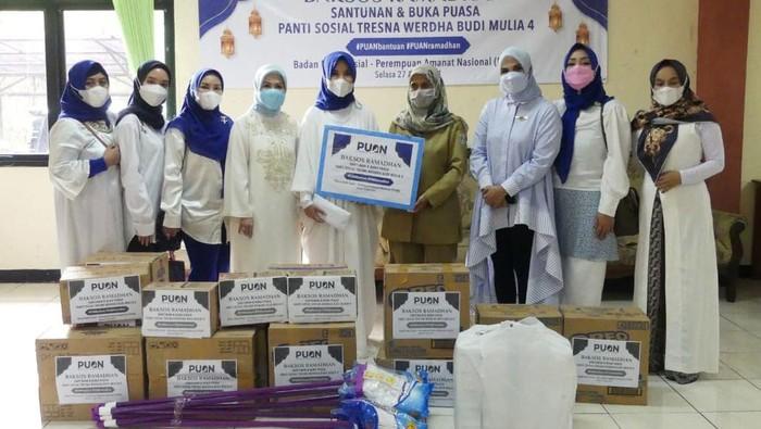 DPP Perempuan Amanat Nasional (PUAN) gelar kegiatan sosial dan keagamaan di bulan Ramadhan. PUAN juga berbagi Santunan yang diinisiasi Badan Bakti Sosial PUAN.