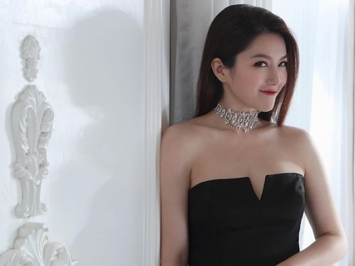 Christine Kuo, mantan kekasih Aaron Kwok.