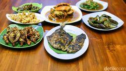 Kulineran di Cirebon: Kepiting Saus Padang hingga Udang Bakar
