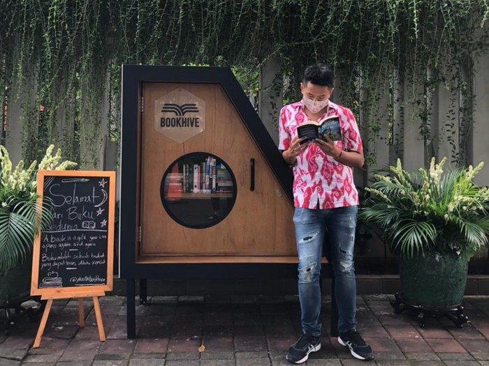 Jakarta Book Hive