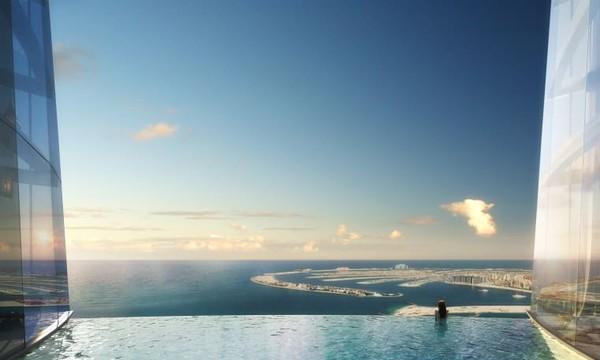 Dari dek observasi kaca Menara Ciel akanterlihat pemandangan 360 derajat Kota Dubai. Garis pantai dan landmark ikonik seperti pulau buatan Palm Jumeirah juga akan terlihat.
