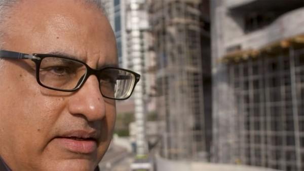 Yahya Jan adalah arsitek yang membangun hotel tertinggi di dunia itu.Jika Anda melihat ke cakrawala Dubai, Anda kemungkinan besar akan mengagumi karya Yahya Jan. Dia adalah presiden dan direktur desain firma arsitektur dan teknik NORR.
