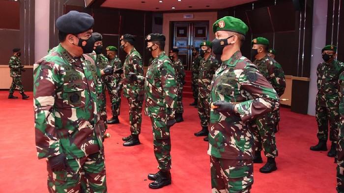 Panglima TNI terima laporan kenaikan pangkat 34 perwira tinggi