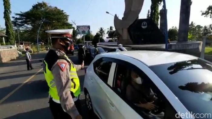 Penyekatan Kendaraan Pemudik di Kota Banjar