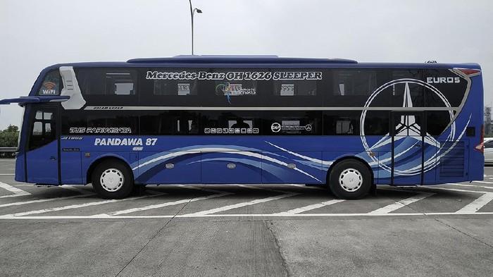 Sleeper bus PO Pandawa 87