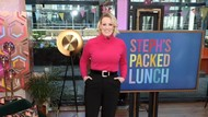 Presenter Ini Tayangkan Pemeriksaan Pap Smear Live di TV