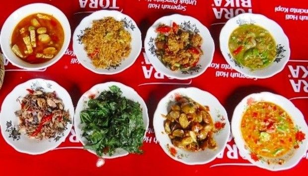 5 Warung Makan Betawi yang Punya Gabus Pucung dan Pecak Gurame