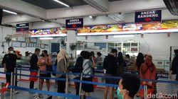 Mengintip Pusat Oleh-oleh Legendaris di Semarang