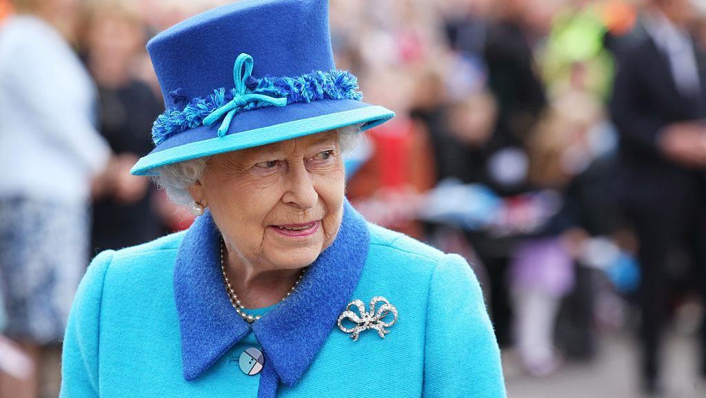 Batalkan Kunjungan ke Irlandia Utara, Ratu Elizabeth II Istirahat di RS