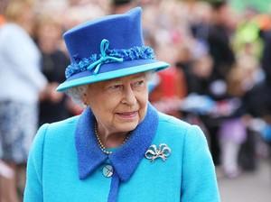 Ratu Elizabeth Sewa Pengacara untuk Lawan Meghan Markle & Pangeran Harry