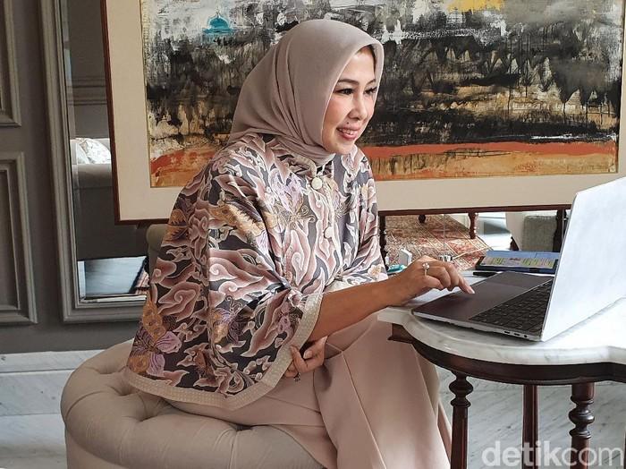 Ida Rachmawati yang merupakan istri Menteri Kesehatan (Menkes) Budi Gunadi Sadikin.