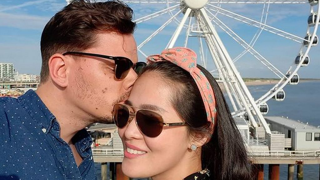 7 Momen Mesra Gracia Indri dan Kekasih Jelang Menikah di Belanda