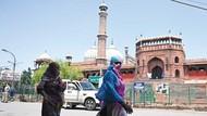 Rumah Sakit Kewalahan, India Gunakan Masjid untuk Tampung Pasien Corona