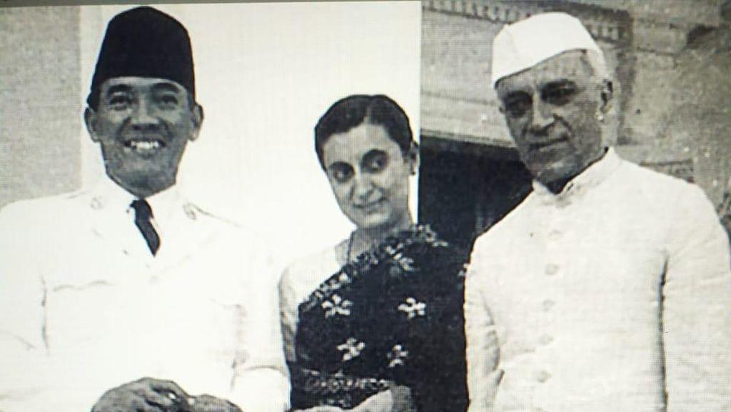 Bersahabat dengan Nehru, Kok Tak Ada Nama Jalan Sukarno di India