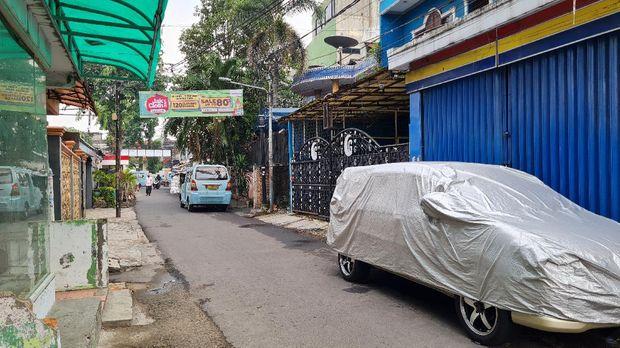 Suasana eks markas FPi di Petamburan usai penggeledahan, Rabu (28/4/2021).