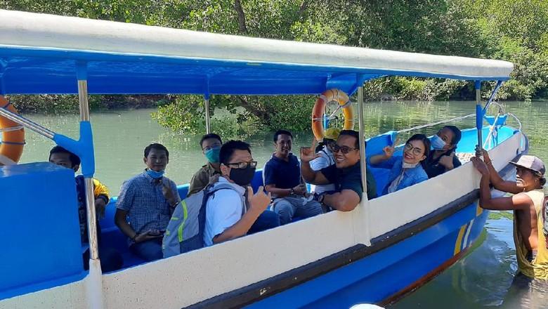Wisata Mangrove di Bali.