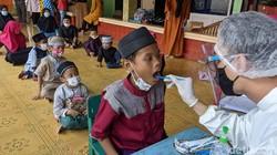 Sejumlah anak dan remaja di Tangerang antusias periksa kesehatan gigi di bulan puasa. Lewat kegiatan itu mereka diedukasi akan pentingnya merawat kesehatan gigi