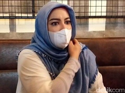 Jane Shalimar klarifikasi beredar fotonya tanpa hijab