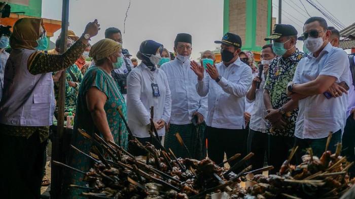 Menteri Kelautan dan Perikanan Sakti Wahyu Trenggono kunjungan kerja di Demak