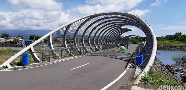 Inilah yang paling ikonik,Jembatan Spiral.
