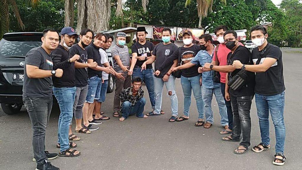 Viral Pria Berparang di Jambi Serang Penjaga Toko Ikan secara Brutal